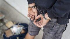 Арестуваха 60 души в село Розино