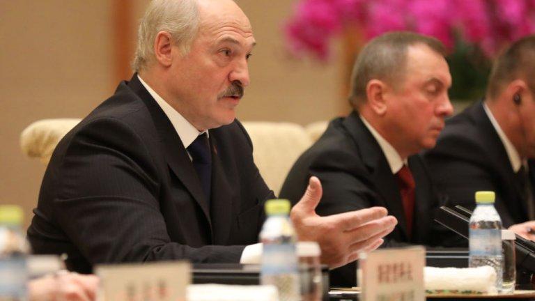 Според беларуските власти това са сили, дошли да дестабилизират страната преди президентските избори