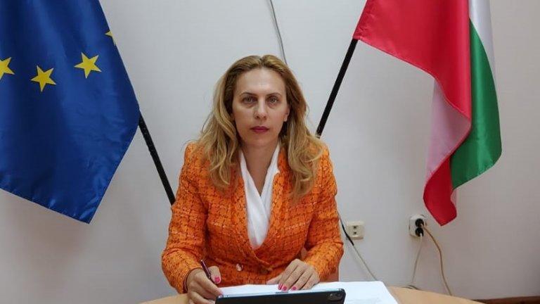 Очаква се до седмица Министерството на здравеопазването да издаде по-ясни критерии за влизането на чужденци в страната