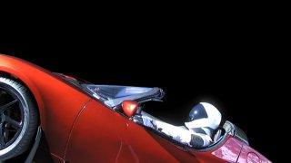 Автомобилът се насочва към астероидния пояс до Юпитер