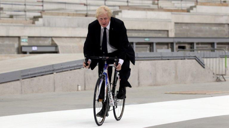 Кметът на Лондон Борис Джонсън се пошегува със силния сексуален апетит на атлетите в олимпийското село