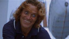 """Уилям Дефо, Speed 2 (1997 г.) Ролята на Дефо в """"Проектът Флорида"""" е повече от добра и той заслужава """"Оскар"""" за нея. Но въпреки дългогодишната си кариера с множество успехи, той има и своите спадове. Мнозина и до днес не предполагат, че има втора част на екшъна със Сандра Бълок и Киану Рийвс. Там Киану го няма, но за сметка на това новият злодей се играе именно от Дефо. Неговият герой е компютърен гуру, който решава да разбие огромен лайнер в нефтен танкер, за да си отмъсти на голяма корпорация. Предвид каквато и да е липса на интересност в този злодей, както и в самия филм, не е изненада, че и до ден днешен той остава непознат за голяма част от аудиторията."""