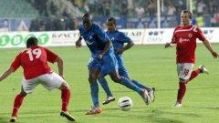 Късната дата на големия мач на България явно успокоява двамата треньори