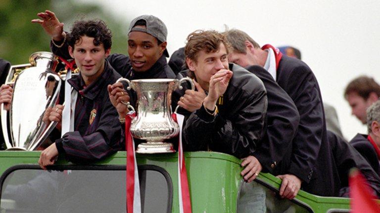 """7. Пол Инс – в Интер, 10,5 млн. евро (1995) Полузащитникът бе част от първия голям отбор на Фъргюсън на """"Олд Трафорд"""". Инс спечели два пъти титлата във Висшата лига, два пъти ФА Къп и КНК с Юнайтед, пристигайки от Уест Хем през 1989-а. Инс прекара шест години на """"Олд Трафорд"""", но отношенията му със сър Алекс се влошиха и бе продаден в Интер. """"Ман Юнайтед прие оферта за мен от Интер. Можех да я откажа, но... нещата не бяха добре – разказва Инс пред BT Sport през 2018 г. След шест години в Манчестър Юнайтед те приеха оферта зад гърба ми, от което не бях особено доволен."""" Инс изкара само две години в Интер, след което отново разбуни духовете на Острова, преминавайки в Ливърпул. Там също остана две години, а през 2007-а сложи край на кариерата си като играч на Макълсфийлд. Пробва се в треньорството, но след няколко неуспешни периода в нискоразредни отбори, се отказа. В момента работи като анализатор и работи за BBC и BT Sport."""
