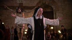 Религиозността във филма на Пол Верховен е само за декор