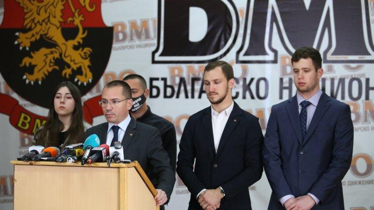 Според евродепутата сегашните опозиционни партии трябва да формират правителство