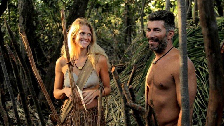 """Naked and Afraid Можете ли да оцелеете в дивата природа? Мнозина може да отворят с """"Да"""", но истинският тест е доста по-сложен - да оцелееш сред някои от най-опасните места на планетата... чисто гол. Условията на този любопитен формат на Discovery Channel са прости - мъж и жена, събрани без предварително да се познават, са пуснати чисто голи на някое диво и опасно място, като разполагат само с ума си и по един важен предмет (предварително избран). Те трябва да оцелеят 21 дни без никаква чужда помощ и да покажат, че наистина могат да се справят в екстремни ситуации. А междувременно може и да научат нещо за себе си."""
