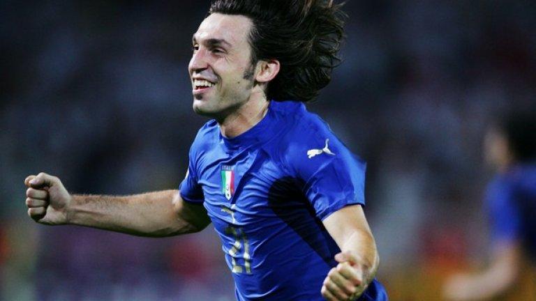 """Титлата на Мондиал 2006  Италианците станаха световни шампиони, а Пирло беше сред техните лидери през целия турнир. На финала срещу Франция той асистира за изравнителния гол на Матераци за 1:1, а при дузпите отбеляза първи за своя отбор, за да триумфира със световната купа.   """"Да трябва да бъдеш първи на точката, за да започнеш това мъчение в най-големия мач, в който един играч може да играе и който може да си представи. Това не са особено добри новини. Това означава, че те мислят за най-добрия, но също означава, че ако изпуснеш, си първи в списъка с нещастниците"""", пише Пирло в автобиографията си """"Мисля, следователно играя"""". """"Погледнах нагоре към небесата и помолих Бог за помощ, защото, ако съществува, няма как да е французин. Поех дъх дълбоко. Въздишката беше моя, но можеше да е на всеки работник, който се бори, за да изкара месеца, на всеки бизнесмен, учител, студент, на всеки чужденец в Италия, който ни подкрепя, на всяка миланска сеньора, на проститутката на ъгъла."""""""