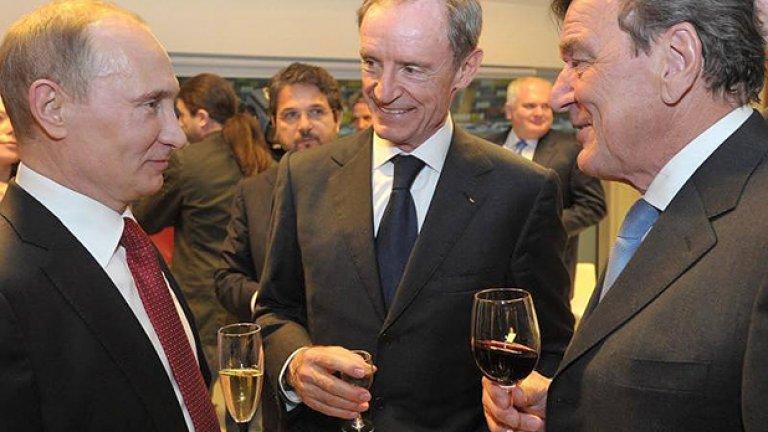"""Днес Шрьодер е топ лобистът на Путин в Германия - на заплата е към едно от дъщерните дружества на руския газов гигант """"Газпром"""""""
