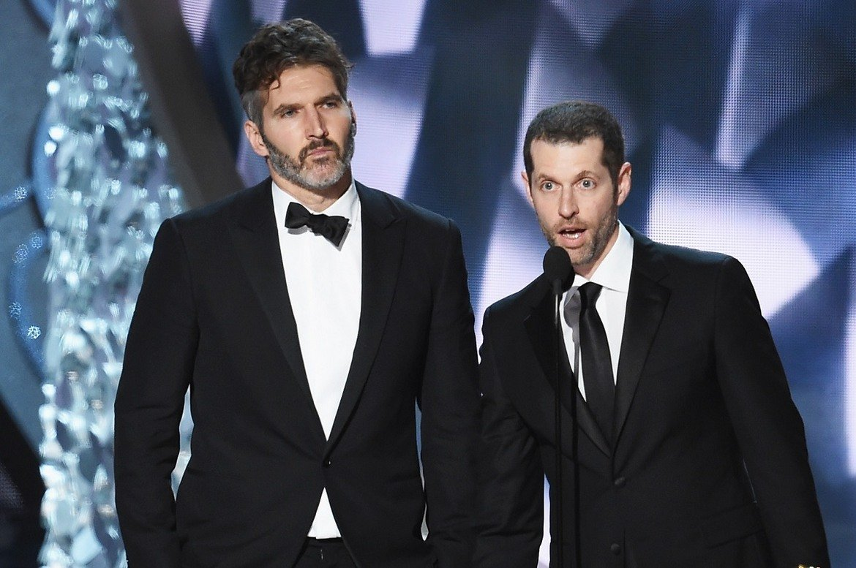 """3. Двамата ще започнат работата по новите филми по """"Междузвездни войни"""" веднага след като бъде завършен последният сезон на """"Игра на тронове"""". Неговата премиера се очаква през 2019-а."""