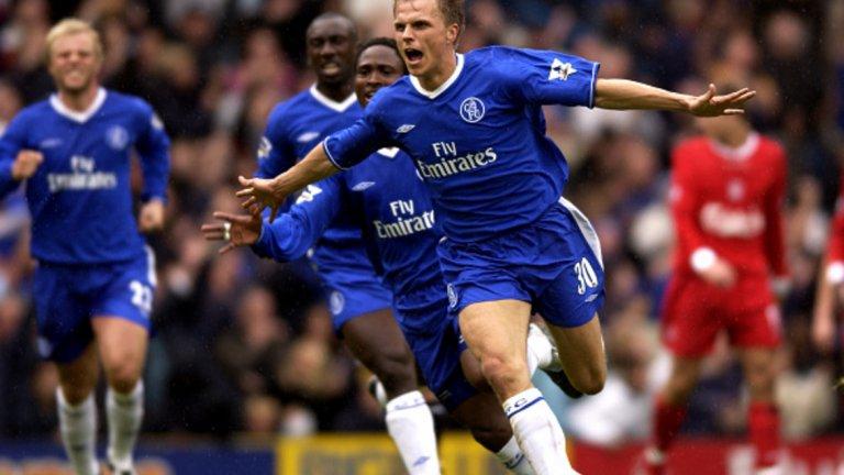 """Йеспер Гронкяер Авторът на победния гол срещу Ливърпул през пролетта на 2003-та и асистент за първото попадение на Челси на 17-и август на """"Анфийлд"""". След """"сините"""" той игра за Бирмингам, Атлетико Мадрид, Щутгарт, Копенхаген и др."""
