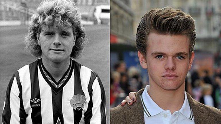 Вдясно: Регън Гаскойн; вляво: баща му като тийнейджър с екипа на Нюкасъл