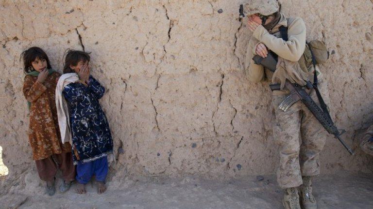 """Настоящата война в Афганистан се нарича официално """"Операция """"Трайна свобода"""", за да обозначава нещо, за което си заслужава да водиш война от вече 13 години"""