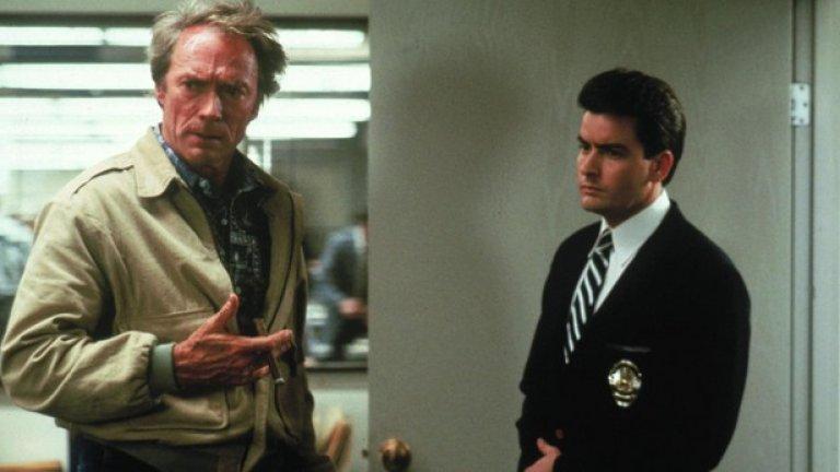 """""""Новобранецът"""" на Клинт Истууд    Трудно е да се повярва, че две години преди да плени колективното въображение на филмовите почитатели по целия свят с гениалния си уестърн """"Непростимо"""" от 1992-а, Клинт Истууд режисира глупаво екшънче като """"Новобранецът"""". В интерес на истината, Истууд често стъпва накриво в богатата си кариера, но ченгеджийската евтиния, в която освен всичко и играе една от главните роли редом до Чарли Шийн, е особено ниска точка за него.   """"Новобранецът"""" можеше да бъде заснет от всеки втори (добре, де, от всеки трети) наемник на студиото и с почти нищо не се отличава от типичните жанрови времегубки, избълвани с индустриално темпо през 80-те и началото на 90-те години на миналия век."""