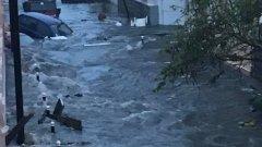 Ураганът е толкова силен, е отчетен дори от сеизмографите в района