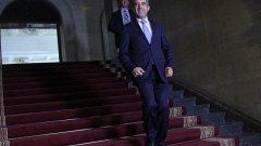 На президента Плевнелиев му се наложи да формира втори служебен кабинет за по-малко от 1,5 г. Ето кои са най-често споменаваните кандидати за министри според медиите (Вижте снимките).