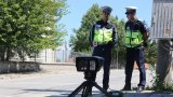 """Пътни полицаи следят за превишена скорост, за употреба на алкохол и наркотици, за неправилни маневри и за застраховка """"Гражданска отговорност"""""""