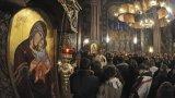 През тази седмица се почитат апостолите и Света Богородица