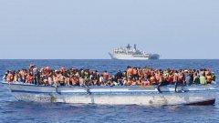 Мигрантите ще бъдат предадени на полицията