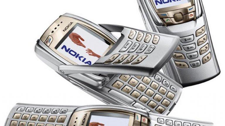 8. Дизайна Разбираме защо на Nokia им отне толкова време да се разделят с хардуерната клавиатура и да направят телефон-дисплей. Те просто бяха извадили на пазара всички възможни варианти за сгъване, разгъване, отваряне и сглобяване на телефон и не си представяха как може да съществува апарат без бутони.