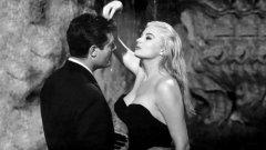 """Филмът """"Сладък живот"""" излиза премиерно на големия екран през 1960 г. и се счита за връх в цялото творчество на Федерико Фелини. Това е и най-комерсиалният филм на режисьора"""