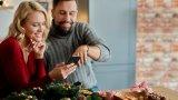 Преди седмици Теленор обяви обновлението на своето дигитално приложение MyTelenor, което дава възможност на потребителите да плащат сметките си, както и да заредят предплатена карта или да платят сметката на роднина или приятел, чийто телефон и рожден ден знаят