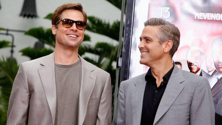"""""""Съжалявам, Джордж!""""Брад Пит и Джордж Клуни са близки приятели, но всъщност Пит сериозно прецаква Клуни в началото на кариерата си. Джордж страшно много иска ролята на Джей Ди в """"Телма и Луис"""" и се явява на редица прослушвания в преследване на ангажимента, но в крайна сметка продуцентите са категорични – искат Пит и никой друг."""