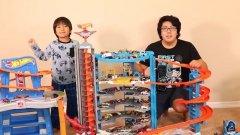 Видеата с разопаковане на играчки са хит и това се забелязва