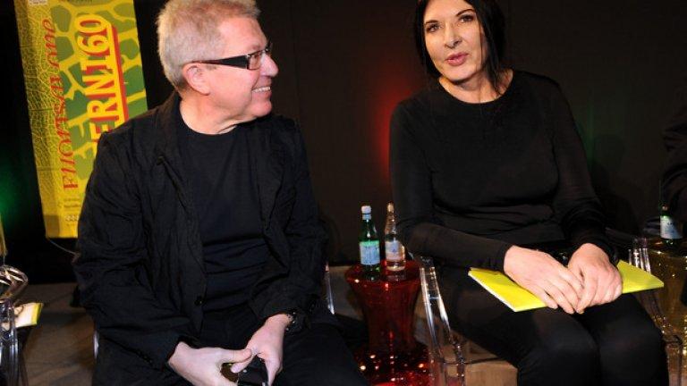 На снимката: архитектът Даниел Либескинд си бъбри с художничката