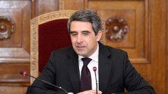 Заради правото на глас на българите в чужбина, той връща Изборния кодекс за повторно обсъждане