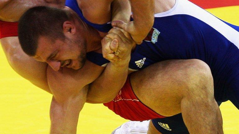 Гури се бореше добре до втората част на четвъртфинала, когато шведъг Шьон натрупа бърз аванс