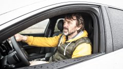 Във Volvo XC60 се возим с каскадьор, джудист, парапланерист и баща на 3 деца