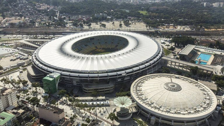 """Това е """"Маракана"""". Легандарното съоръжение изниква в съзнението на всеки запалянко, когато чуе """"голям стадион"""", но Меката на футбола в Рио вече не е в Топ 10 на най-големите стадиони в света."""