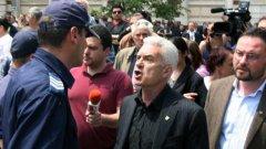 """Партия """"Атака"""" на Волен Сидеров зачести със скандалите в опит да спре обезличаването си"""