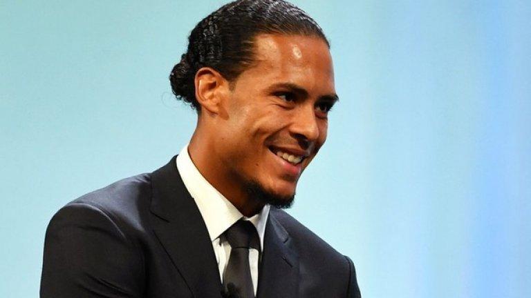 """Ван Дайк спечели Шампионската лига с Ливърпул и беше избран за номер 1 на УЕФА. Холандецът е сред фаворитите и за """"Златната топка"""""""