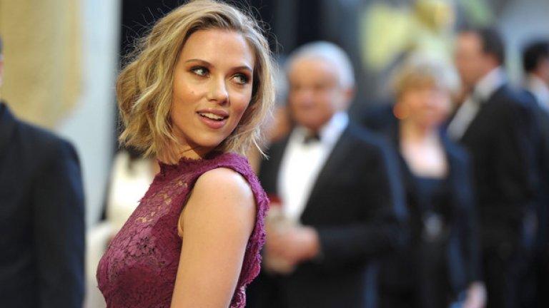 В началото на 2017-а актрисата се разведе за втори път.