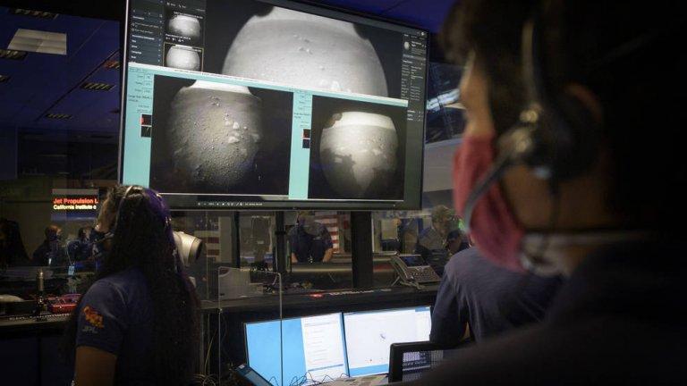 След 7 месеца пътуване Perseveranse кацна на Марс