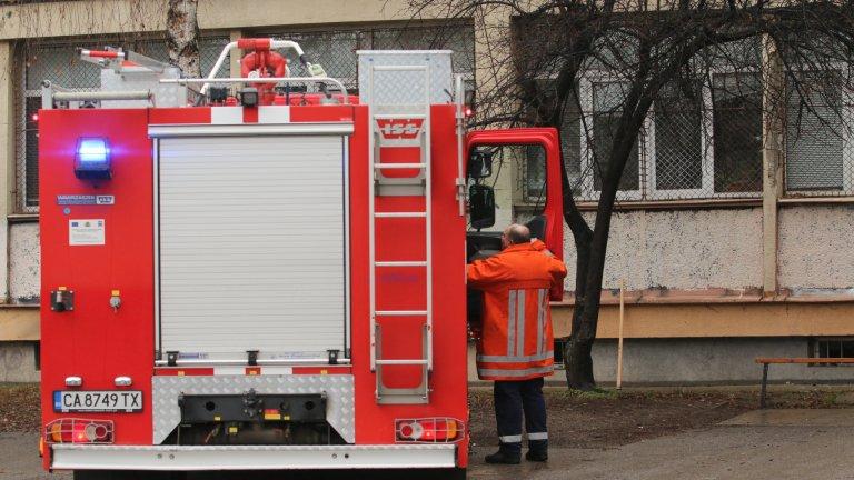 Голям пожар се разрази в пловдивското село Труд