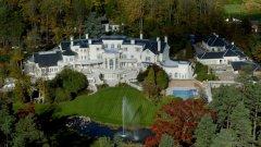 """Английското имение """"Updown Court"""" в Windlesham, Surrey е оценено на $ 139 млн. и e класирано едва на 9-о място"""