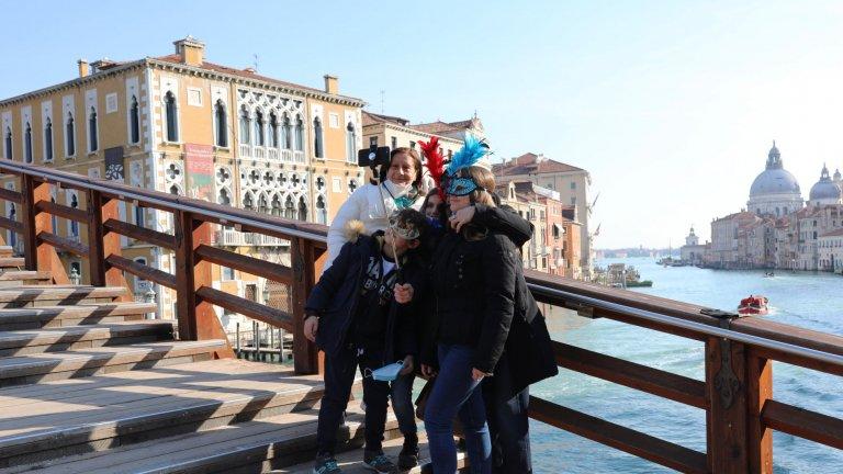 Венеция, Флоренция и Париж обмислят пост-пандемични рестрикции за платформата