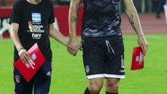 """Бербатов може да си тръгне от """"Тумба"""" само половин сезон, след като акостира в Солун"""