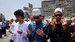 Либерализиране на религията или строги канони и шериат - едно е сигурно - промените ще засегнат целия свят
