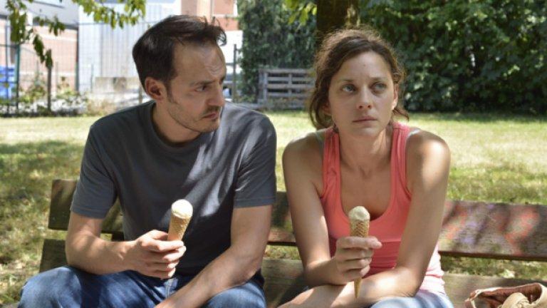 """Втората си номинация за """"Оскар"""" получава за Deux jours, une nuit (""""Два дни, една нощ"""", 2014 г.). Героинята й във филма - Сандра, има един уикенд, за да убеди колегите си да се откажат от бонусите си, за да може да спаси работата си. Това е само един от примерите за предизвикателните роли, които Котияр сякаш търси. На екран е била алкохоличка, инвалид, полска емигрантка, екоактивистка, любовница, проститутка и още, и още."""
