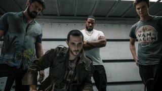 The Boys е сериал, в който супергероите са пълни боклуци, а група обикновени хора иска да ги сложи на мястото им.