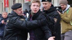 Макар да е само на 26, Роман от десетилетие се оформя като един от гласовете на опозицията