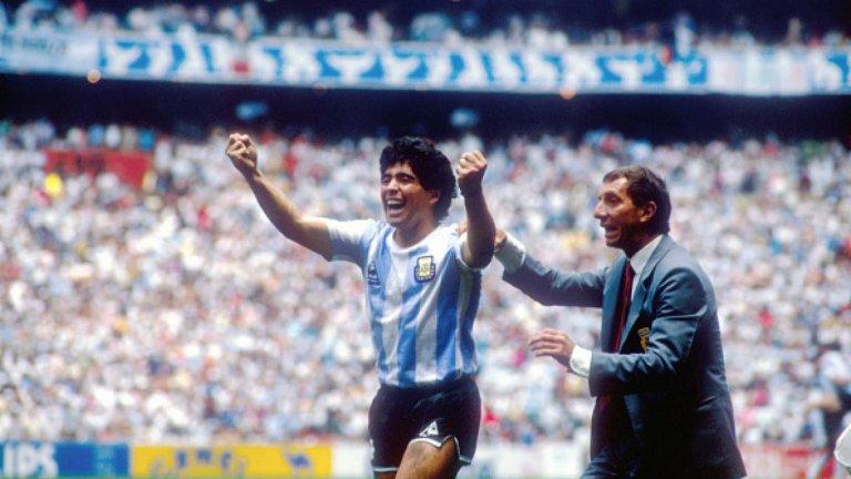 Великият Карлос Билардо още не знае за смъртта на Марадона