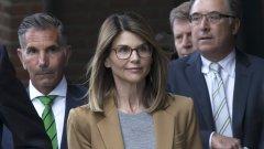 Тя трябваше да изтърпи присъда за даване на подкуп на служебно лице, което да вкара дъщерите ѝ в елитен университет