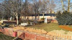 В Пазарджик строят клетките за Терез и Масуд