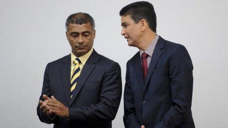 Ромарио и Бебето - приятели, някога формирали един от най-паметните нападателни дуети във футбола. Днес са съперници в политиката, а прогнозите при тяхната популярност сочат, че може да ги видим и в дуел за президентското място.