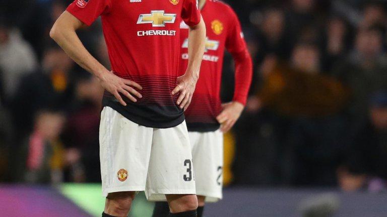 Неманя Матич (Манчестър Юнайтед)  Дори и при ограничените опции на Юнайтед в халфовата линия и при контузията на Пол Погба, 31-годишният Матич не се радва на голямо доверие от страна на Оле Гунар Солскяер. Сърбинът е зад Фред и Скот Мактоминей в предпочитанията на треньора си и най-логичното е да поиска да си тръгне при първа възможност. Според слуховете, Интер и Милан са варианти за него.